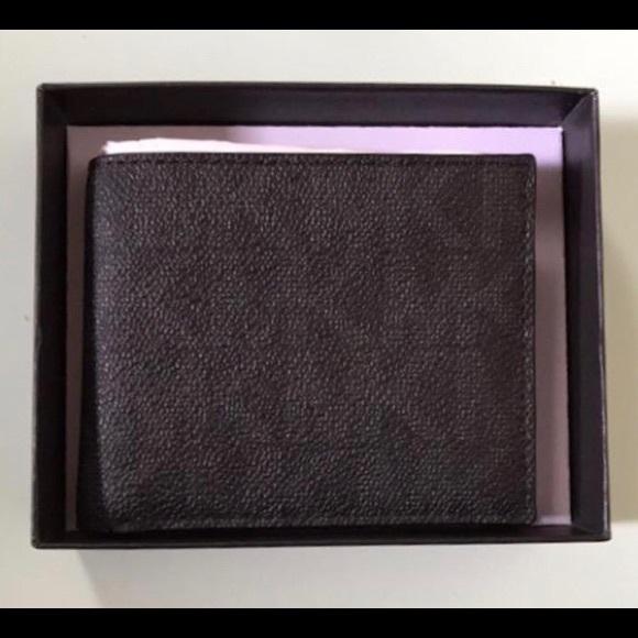 758789dbb3e812 Michael Kors Accessories | Mens Jet Set Billfold Wallet | Poshmark